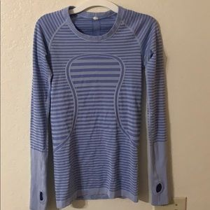 Lululemon quite swiftly long sleeve shirt/ small